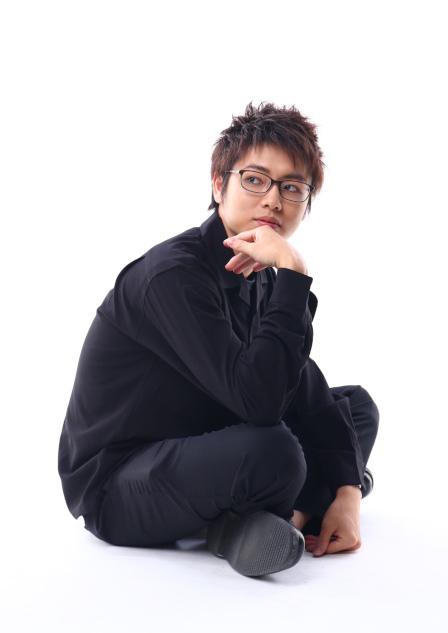 赤木肇 (あかぎ はじめ)